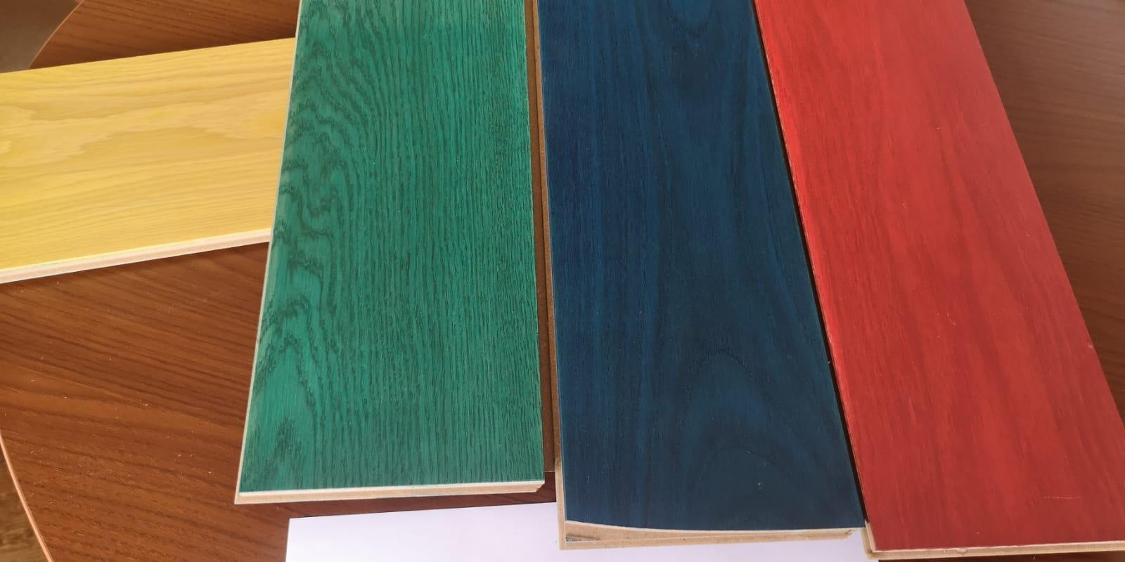 Intensywny kolor podłogi drewnianej. Czy nowy trend się przyjmie?